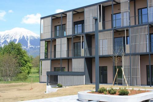 Oskrbovana stanovanja